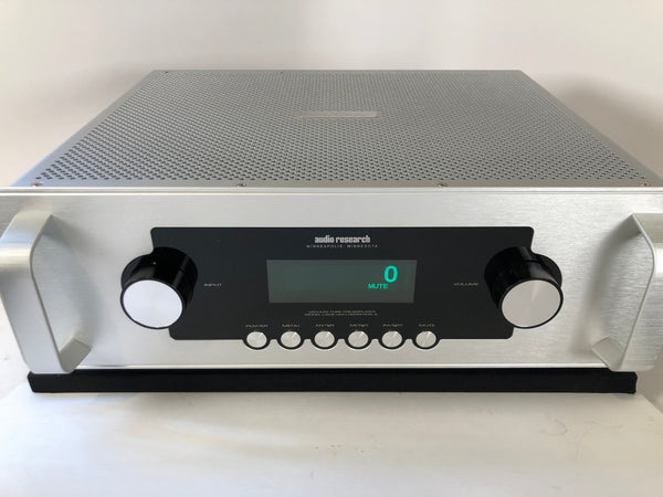 Audio Research LS28 Tube Preamp, Like New and Under Warranty