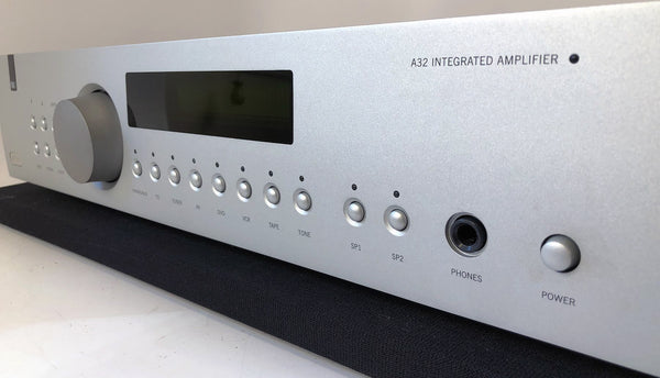 Arcam FMJ A32 Integrated Amplifier with MM/MC Phono and Remote