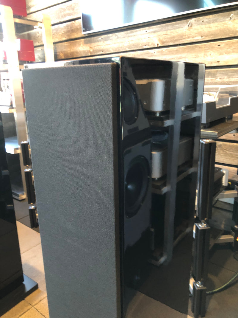 B&W (Bowers & Wilkins) CM9 Floorstanding Speakers In Gloss Black
