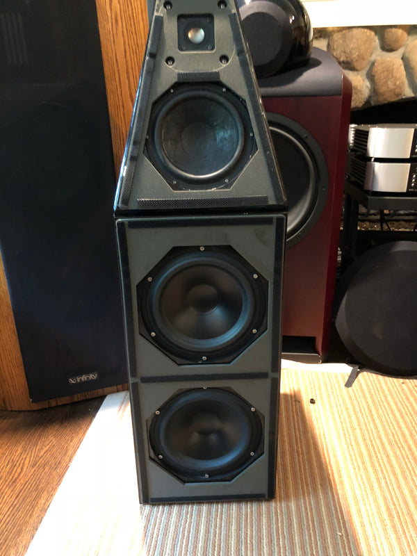 Wilson Audio Watt Puppy 5 Speakers, with Grills and Spikes
