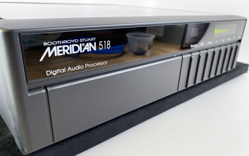Meridian 518 Digital Audio Processor - 72-bit - With Original Box, Manual, and Remote