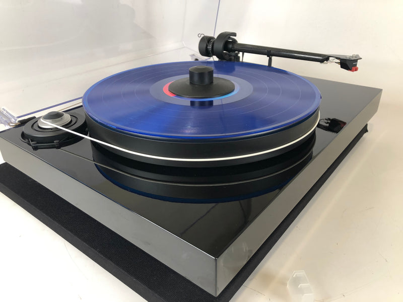 Pro-Ject Debut Carbon Turntable with New Sumiko Moonstone Cartridge and Carbon CC9 Tonearm