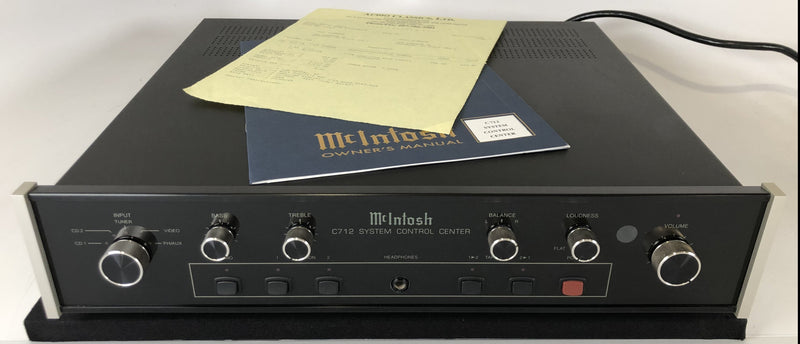 McIntosh C712 Preamp with Remote and Phono Input