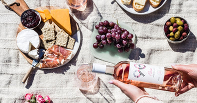 6 Foods That Pair Perfectly With a Glass of Rosé