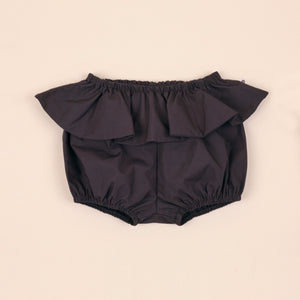Ruffle Bloomers, Cauldron