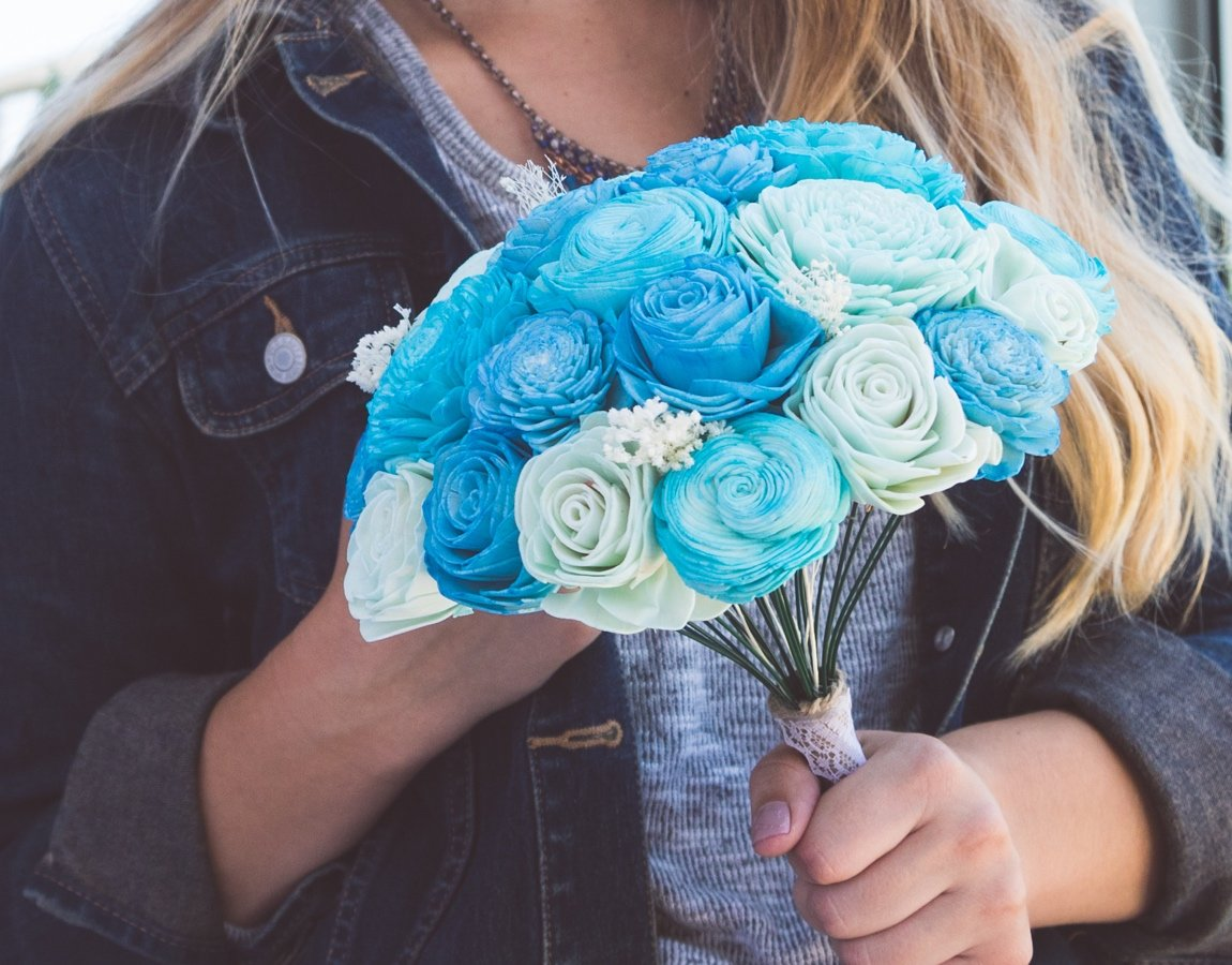 Sola Wood Flower Bouquets-Love You to the Moon & Back - Luv My ...