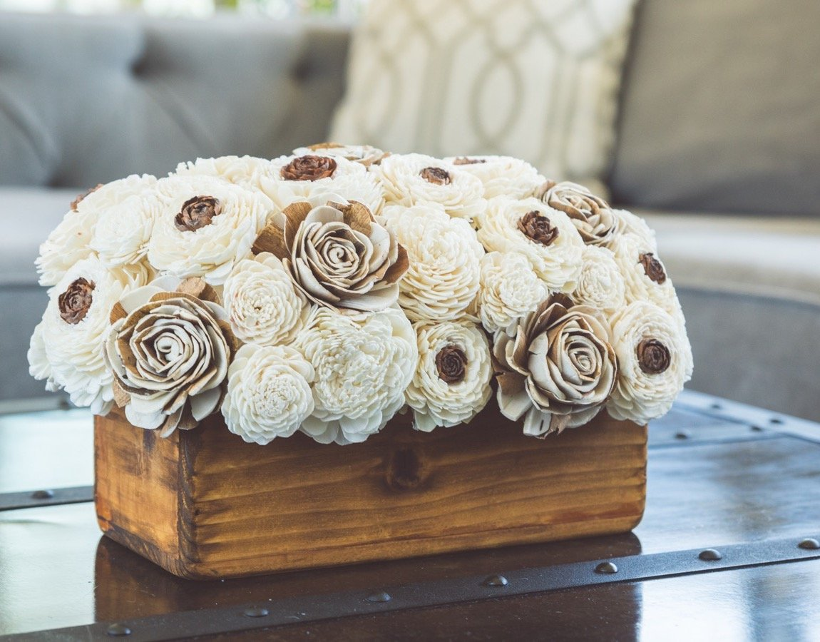 Sola Wood Flower Centerpiece - Cedarwood Centerpiece