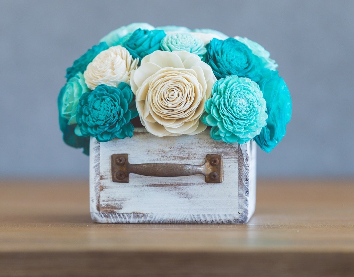 Sola Wood Flower Centerpiece - Breakfast at Tiffany's Centerpiece