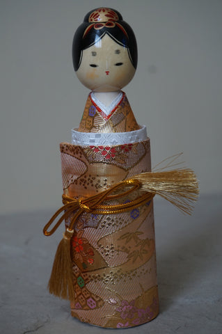 Sayonara Doll Style 3 (female) Gold Design