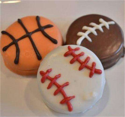 Sports Themed Chocolate Covered Oreos (12) - CupcakeDropoff .com