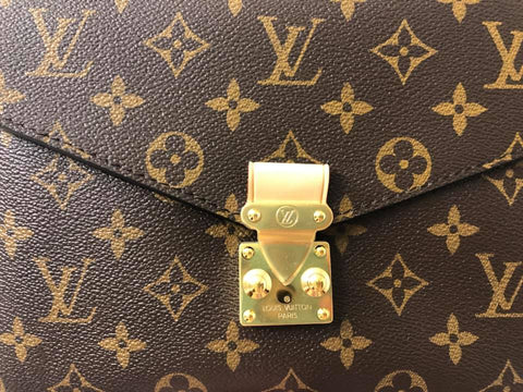 louis vuitton pochette metis crooked