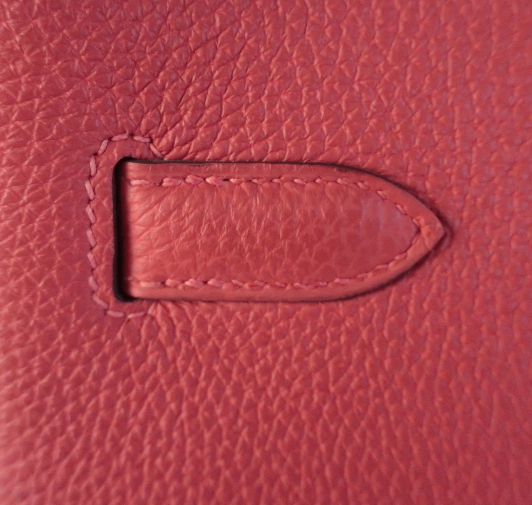 Ultimate Hermes Leathers Guide: What Are Hermes Bags Made Of? Hermes Togo Leather
