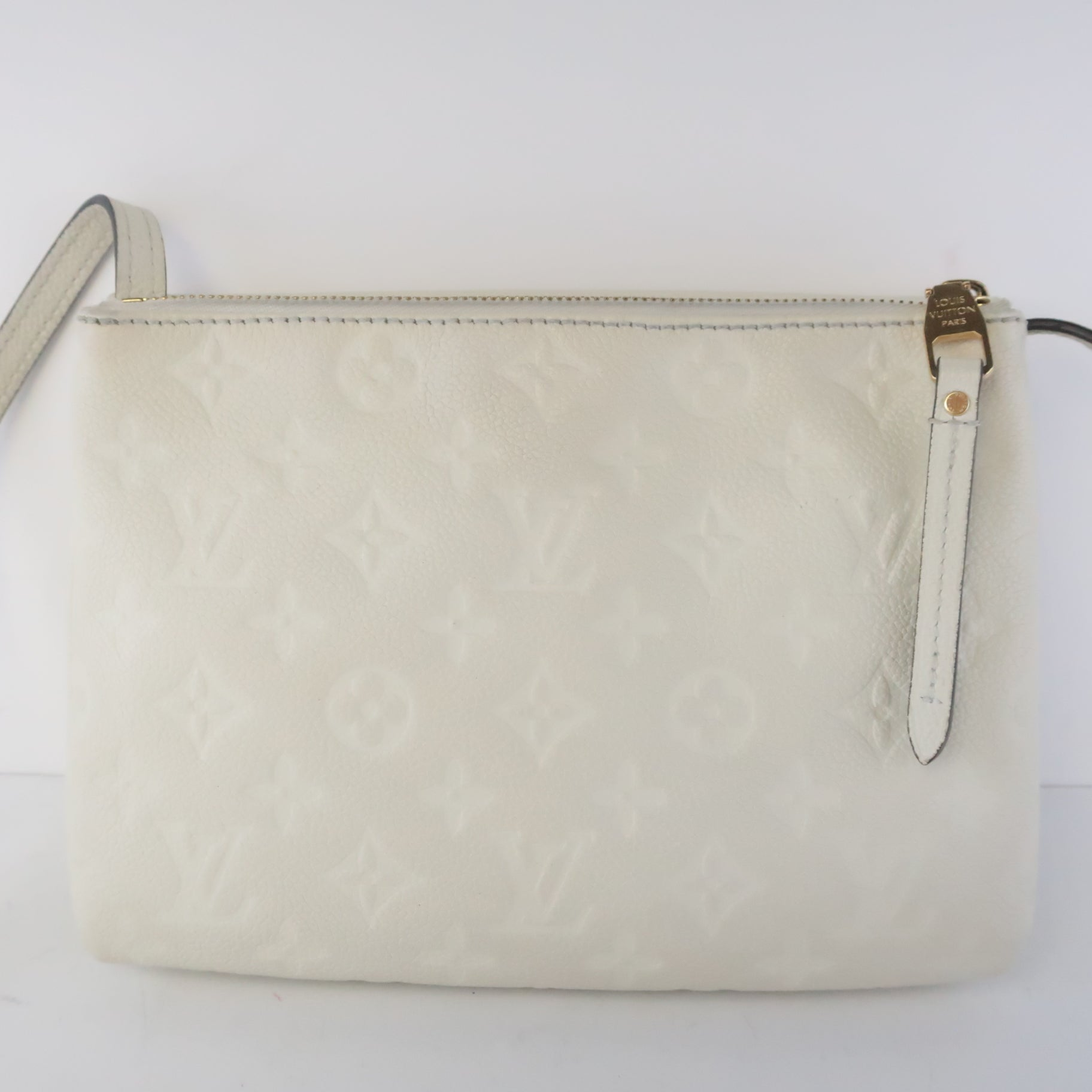 How To Clean Your White Luxury Handbag and Make Sure It Stays White How Do You Keep White Leather From Turning Yellow?