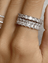 Load image into Gallery viewer, 4mm Silver Glamorous Baguette Eternity Band