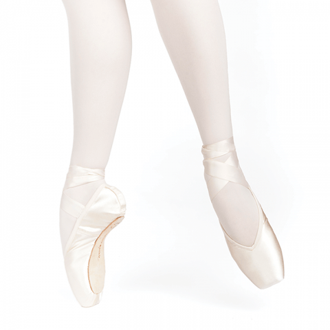 Russian Pointe Entrada Pro V-Cut Flex Soft Shank