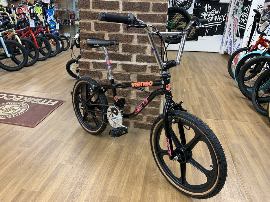 GT Old School BMX GT Vertigo 1992 Custom Bike Black