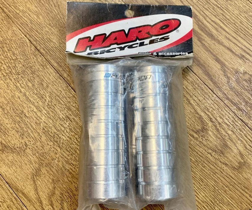 Haro Mid School BMX Haro Fusion Megatube Grooved Steel Pegs Chrome Pair NOS