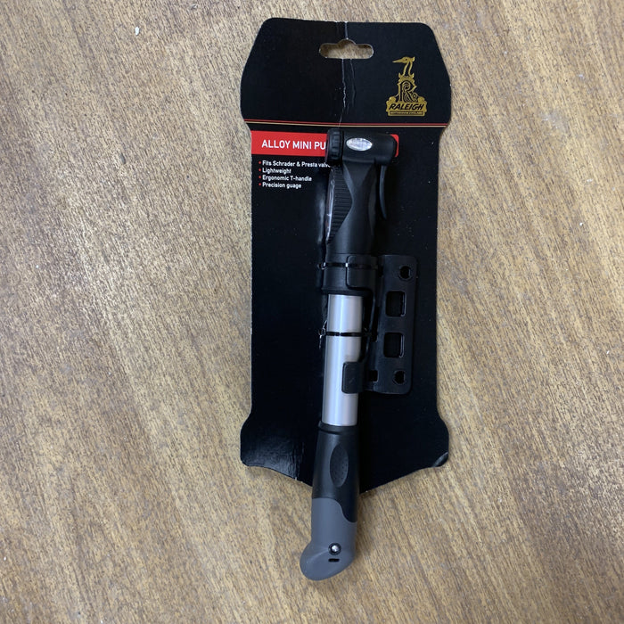 Raleigh Misc Raleigh Alloy Pump with Gauge