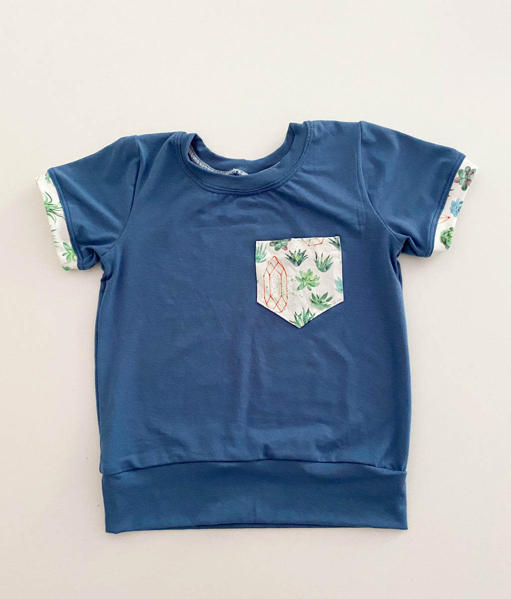 Blue & Succulents Classic Short Sleeve Pocket T-Shirt