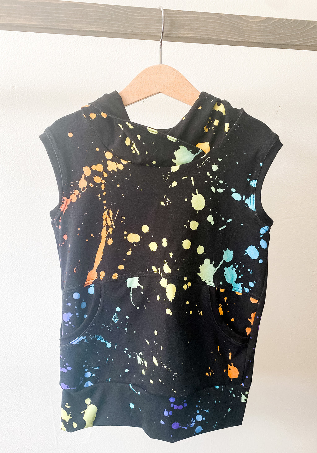 Rainbow Splatter Sleeveless Hoodies