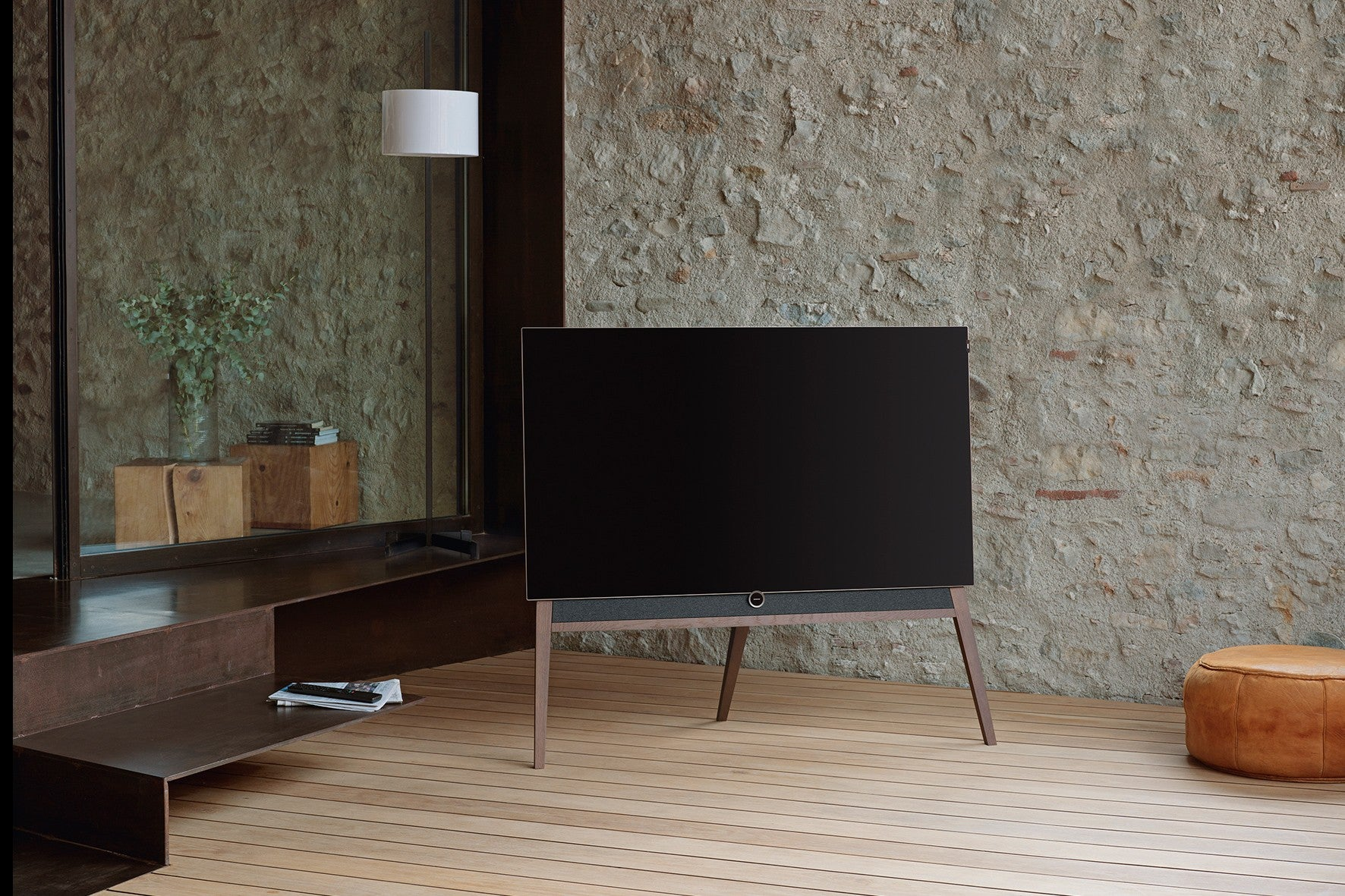 Loewe bild 5 OLED Television Floorstanding Product Design and Art Direction Bodo Sperlein