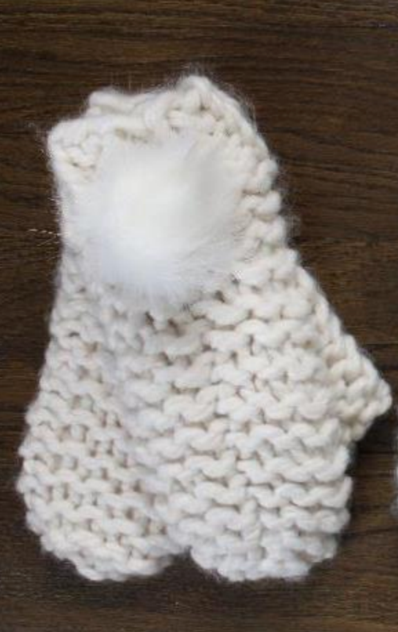 Iceland Mitten with Fur Pom