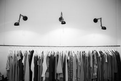 6 Benefits of Buying Wholesale Clothing for Your Shop