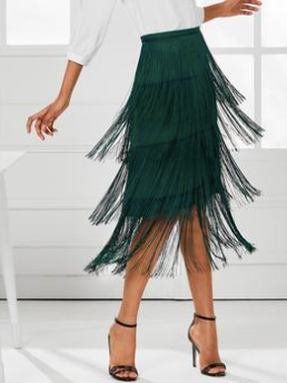 Fringe fashion, fringe fashion trends, fashion trends, fall fashion, outfit ideas, how to wear fringe, fringe accessories, fringe necklace, fringe earrings, wholesale clothing, wholesale fashion, fashion supplier, clothing supplier,