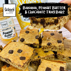 Banana, Peanut Butter & Chocolate Tray Bake | theskinnyfoodco