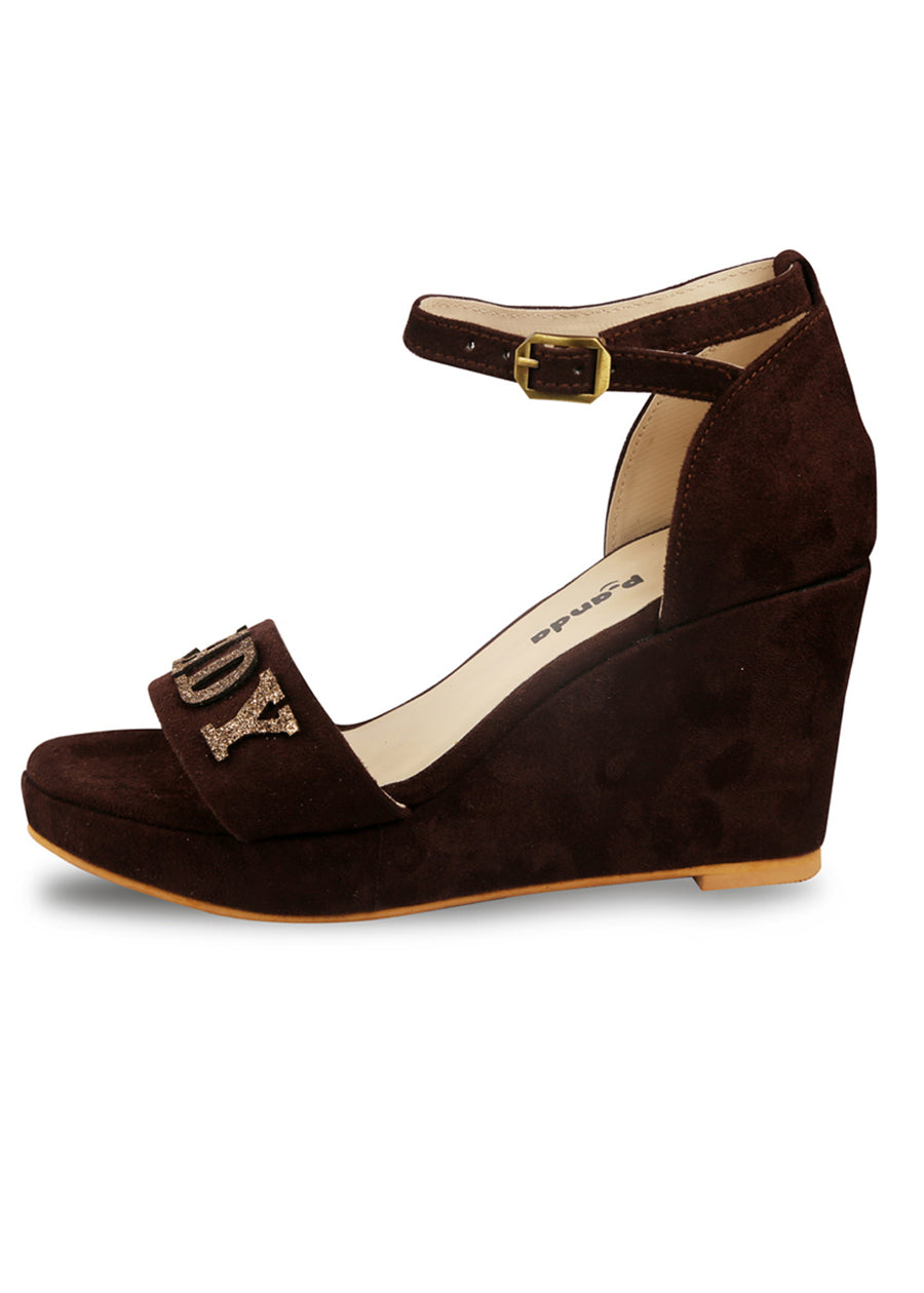 Boss Lady Wedges