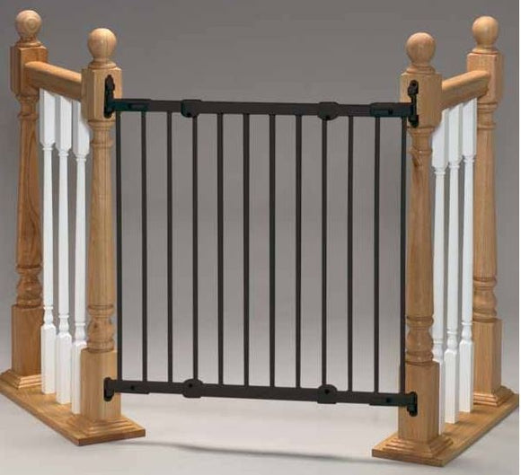 Kidco Angle Mount Safeway Wall Mounted Pet Gate