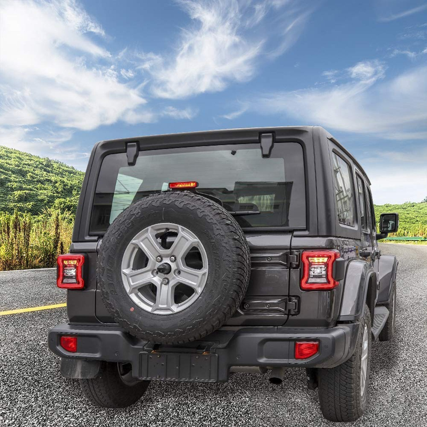 Taillights Guard For 2018 Jeep Wrangler JL- Jeep Logo