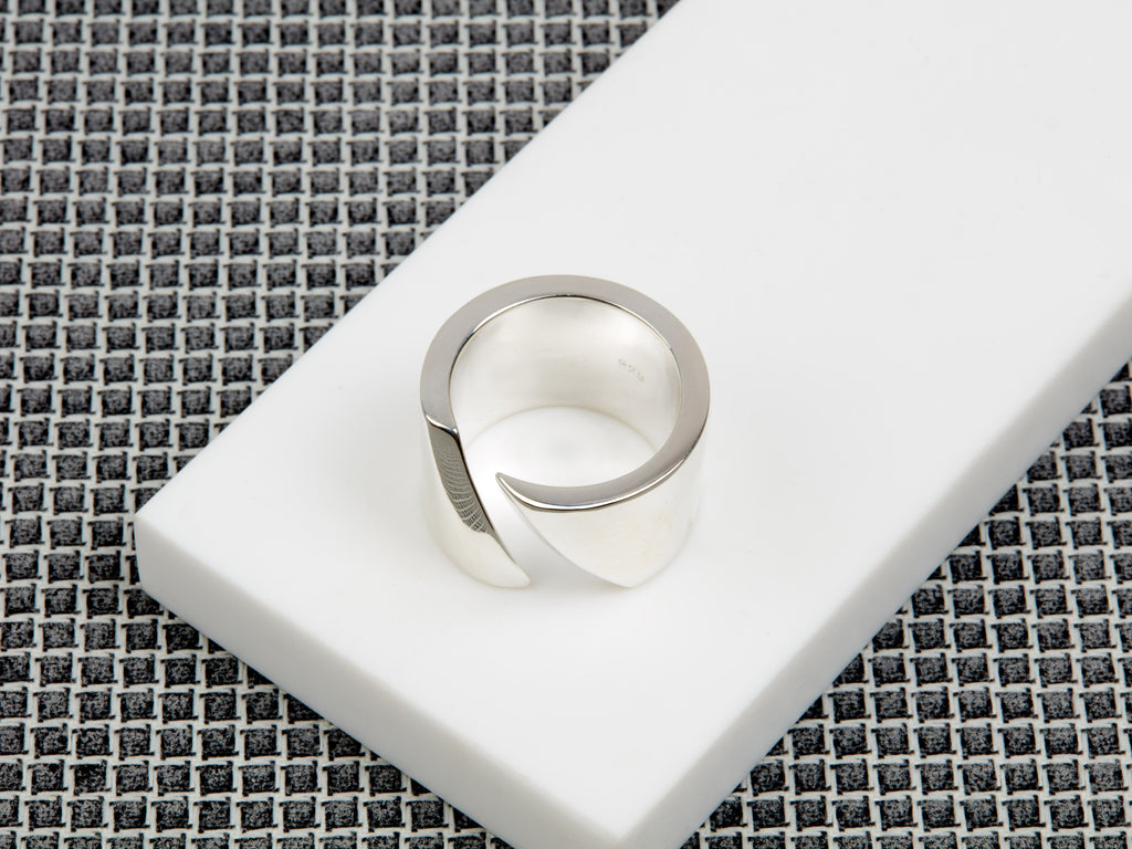 Celine 3mm Ring
