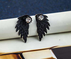 Rhinestones wing Earrings
