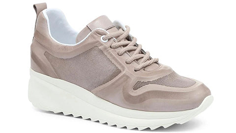 Neutral Leather Trainer