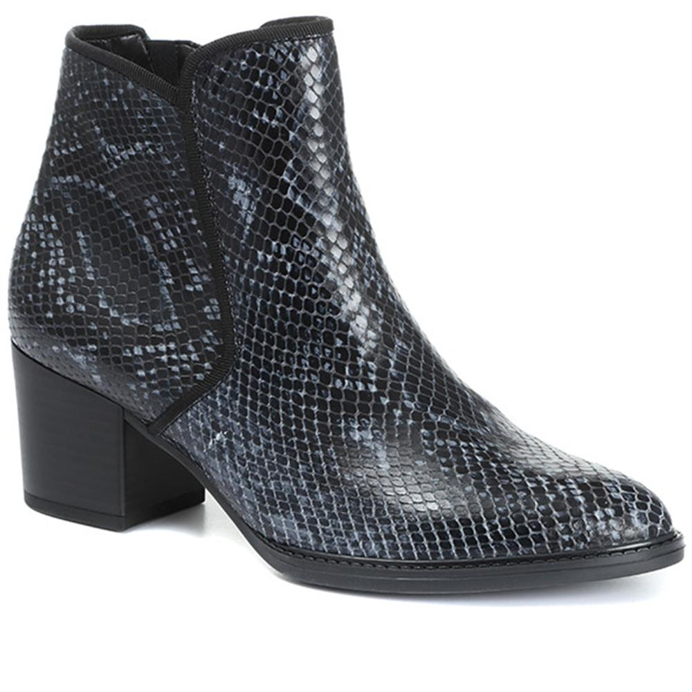 Robina Snake Print Leather Ankle Boot - GAB30569 / 316 647