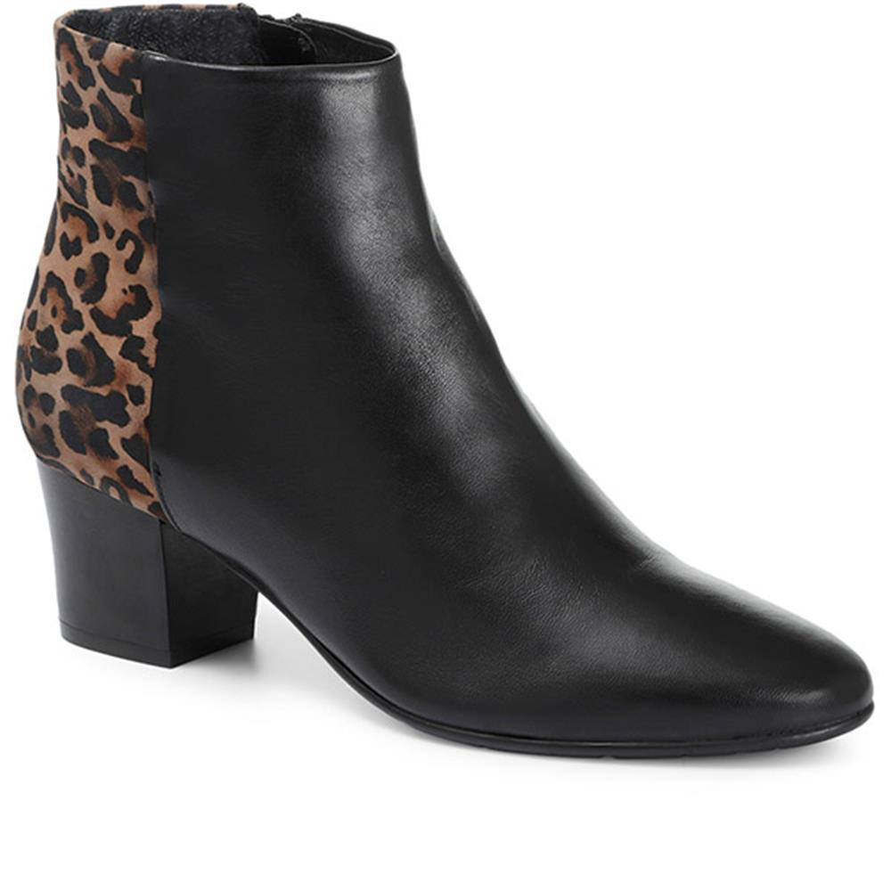 Animal Print Heeled Leather Ankle Boot - CARM30501 / 316 592