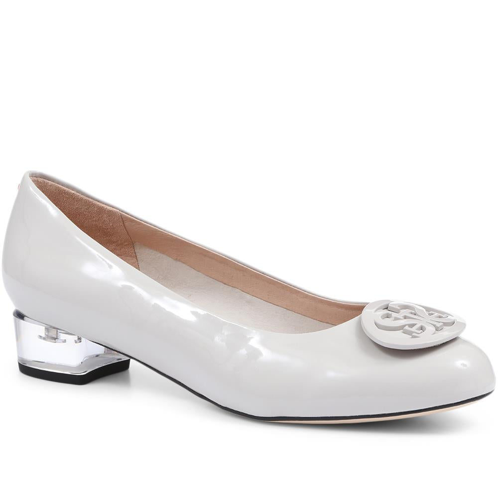 Patent Leather Ballerina Pump - BEL31510 / 318 255