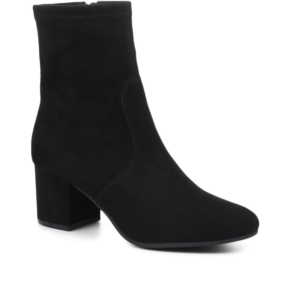Ravello Suede Ankle Boots - RAVELLO / 318 949