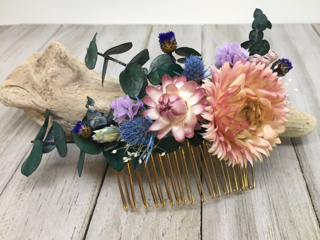 BLUSH AND PURPLE DRIED FLOWER COMB