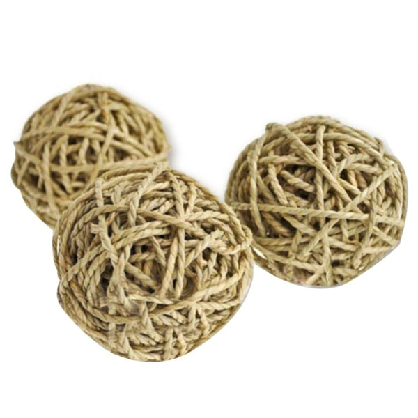 Natural Grass Chew Toy For Small Animals