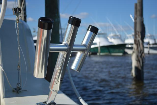 Wahoo Industries Triple Rod Holder
