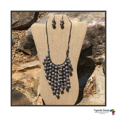 Kinyuma Necklace Set
