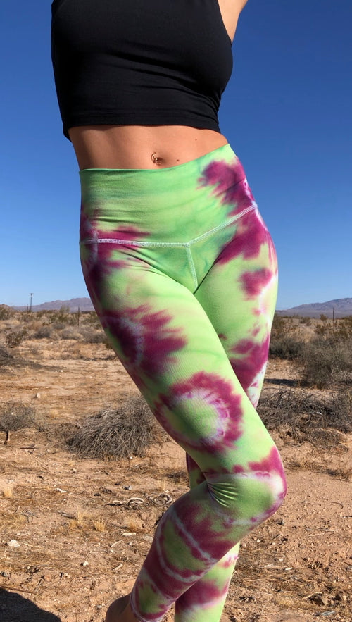 NEW! Emerald classic purple leggings