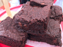 GLUTEN-FREE FUDGE BROWNIES