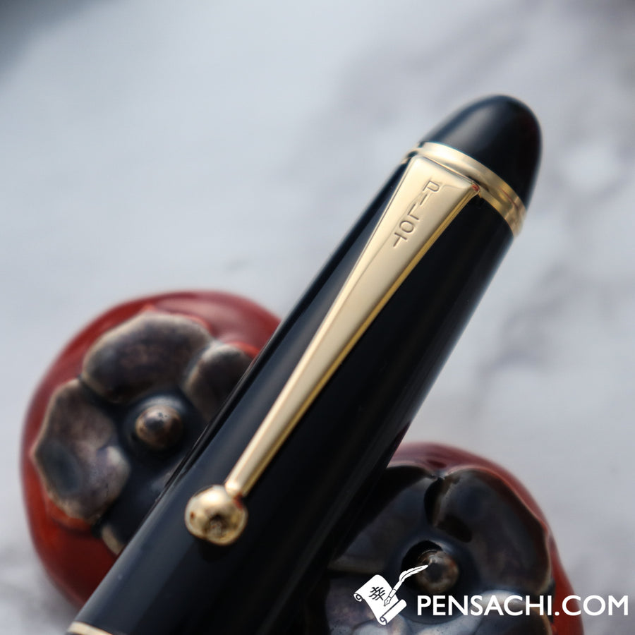 PILOT Custom 823 Fountain Pen Smoke Black Demonstrator Special Nib - FA, WA and more - PenSachi Japanese Limited Fountain Pen