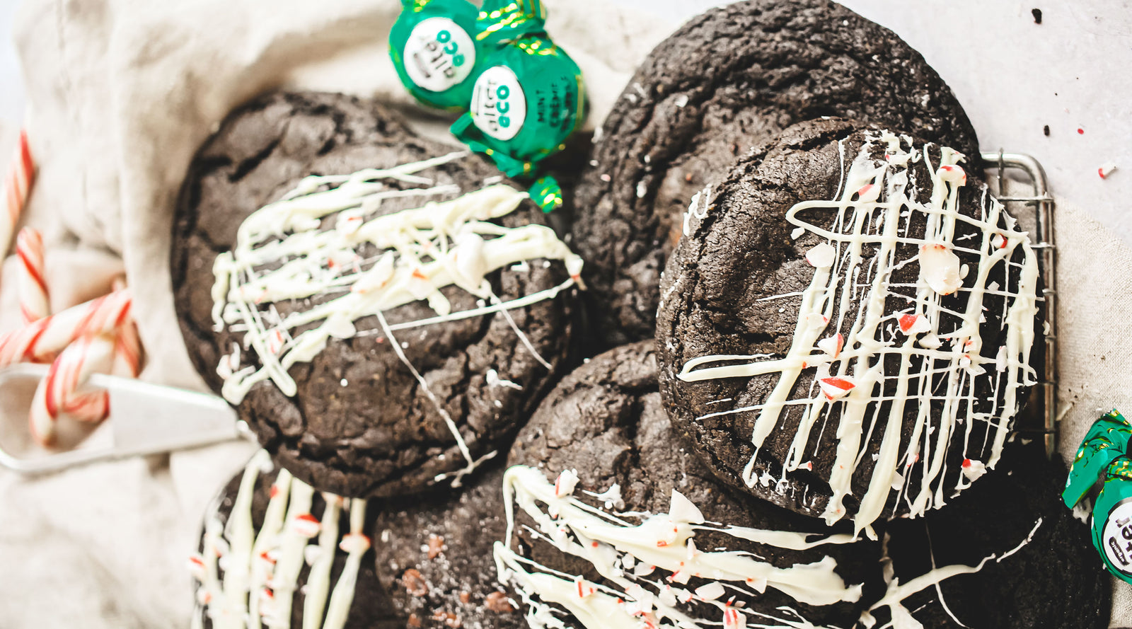 Stuffed Mint Crème Chocolate Truffle Cookies Article