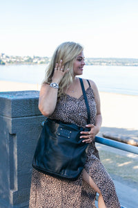 RISA THE MARIE BAG WITH CROSSBODY BLACK