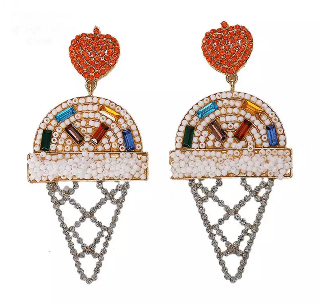 Ice cream earring - whitr