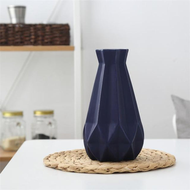 Modern Matt Diamond Porcelain Ceramic Vase